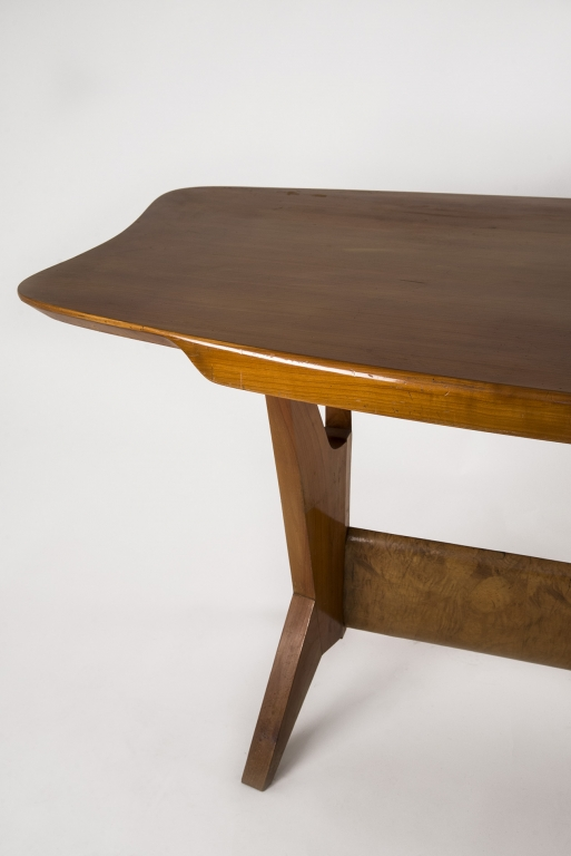 Fragile milano catalogo tavoli for Tavolo 40 anni