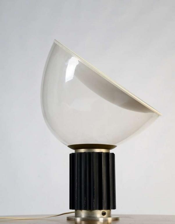 Fragile milano catalogo illuminazione for Castiglioni lampada